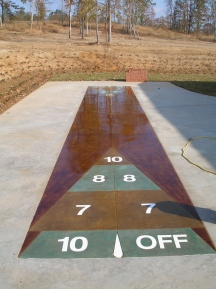 shuffleboard in custom tones