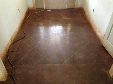 saddle brown dye with scored entry way